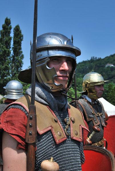 Legio (4)