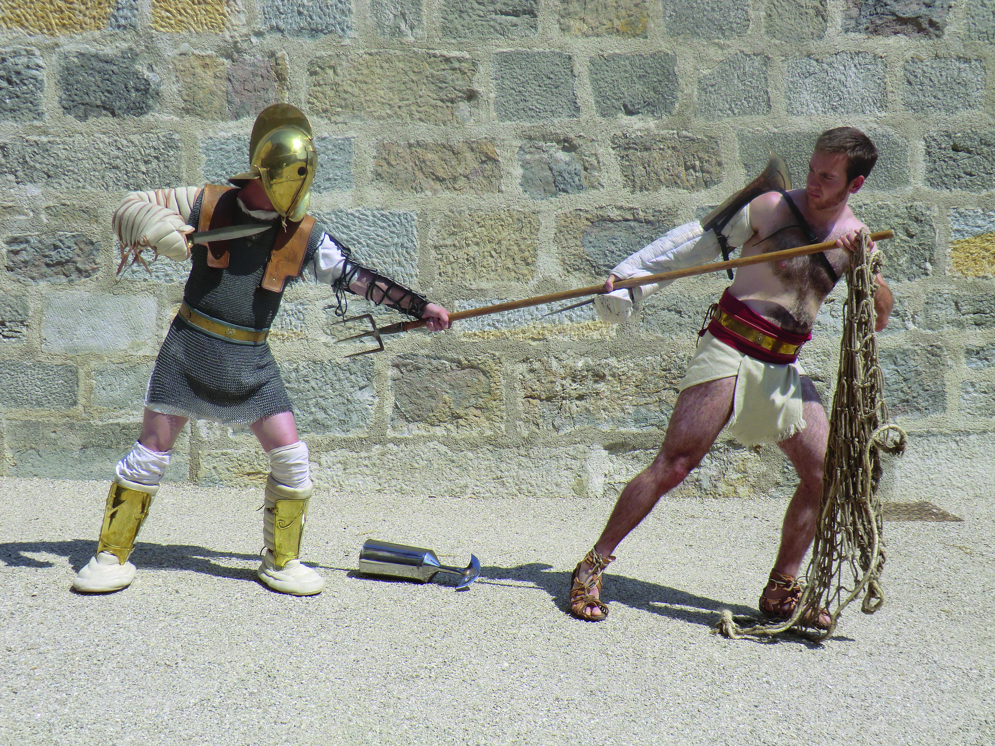 16 BIS duel scissor rétiaire